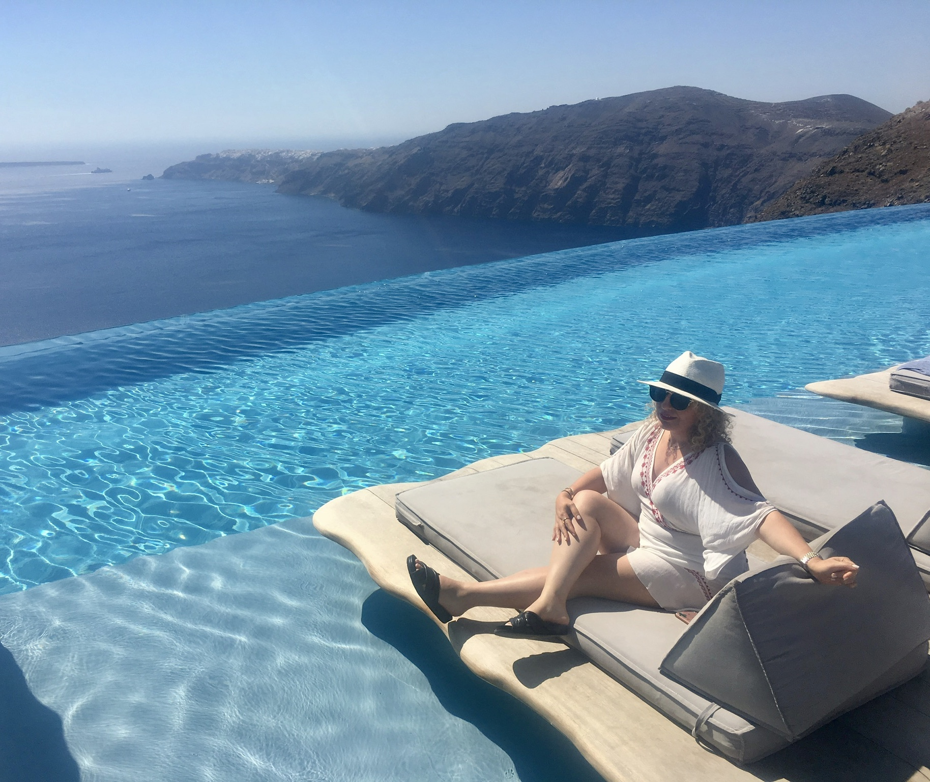 Travel Style by Los Angeles Blogger in Band of Gypsies in Santorini