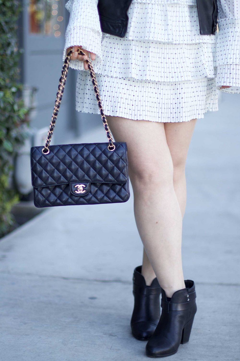 How to Choose A Chanel Handbag