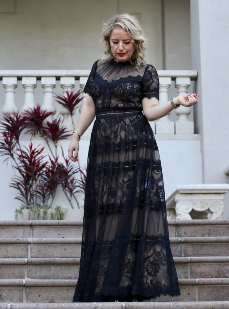 WHAT TO WEAR TO A BLACK-TIE WEDDING IN LOS ANGELES | What to Wear to a Black Tie Wedding by popular Los Angeles fashion blog, Liz in Los Angeles: image of a woman wearing a black lace Tadashi Shoji dress.