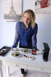 how to enjoy espresso during the holidays season by Liz in Los Angeles, Los Angeles Lifestyle Blogger