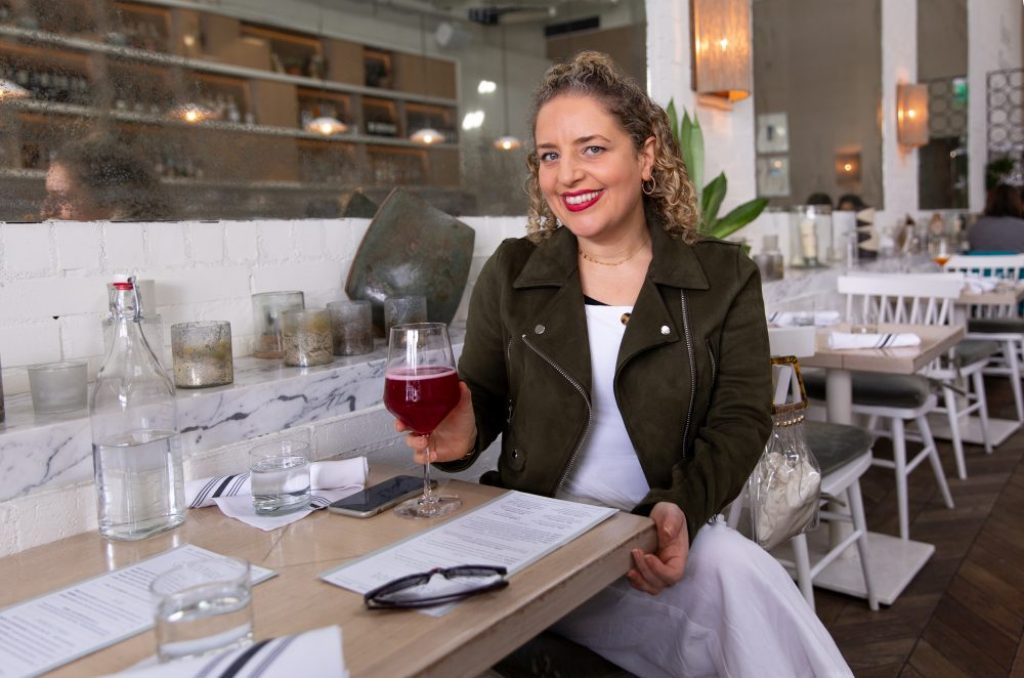 Best Lipstick by Liz in Los Angeles, Los Angeles Lifestyle Blogger