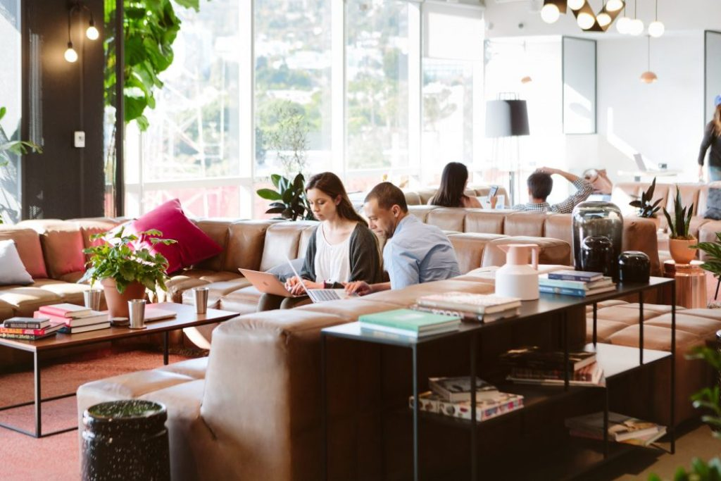 Your Guide to the Chicest Work Communities​ in Los Angeles by Liz in Los Angles, Los Angeles Lifestyle Blogger