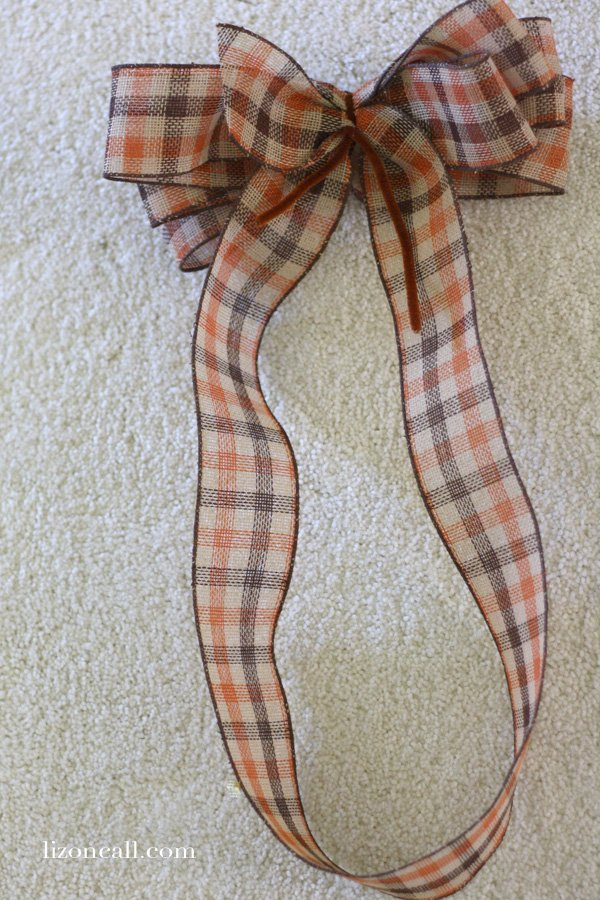 how to make a big bow out of fabric
