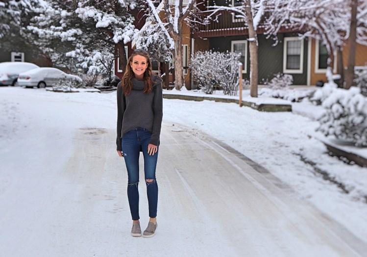 casual winter outfit idea boulder colorado fashion blogger liz pacini