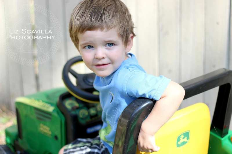 son-john-deere-tractor-fathers-day-photo-liz-scavilla-photography-nantucket-daytona-port-orange