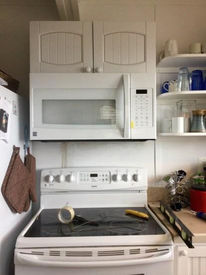 Microwave Hung