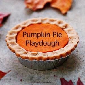 Lizzie Homemaker easy homemade pumpkin pie playdough made with pumpkin pie spice