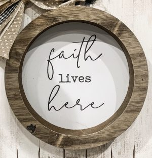 Faith Lives Here DIY Decor