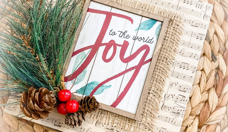 """Joy to the World"" Christmas Decor"