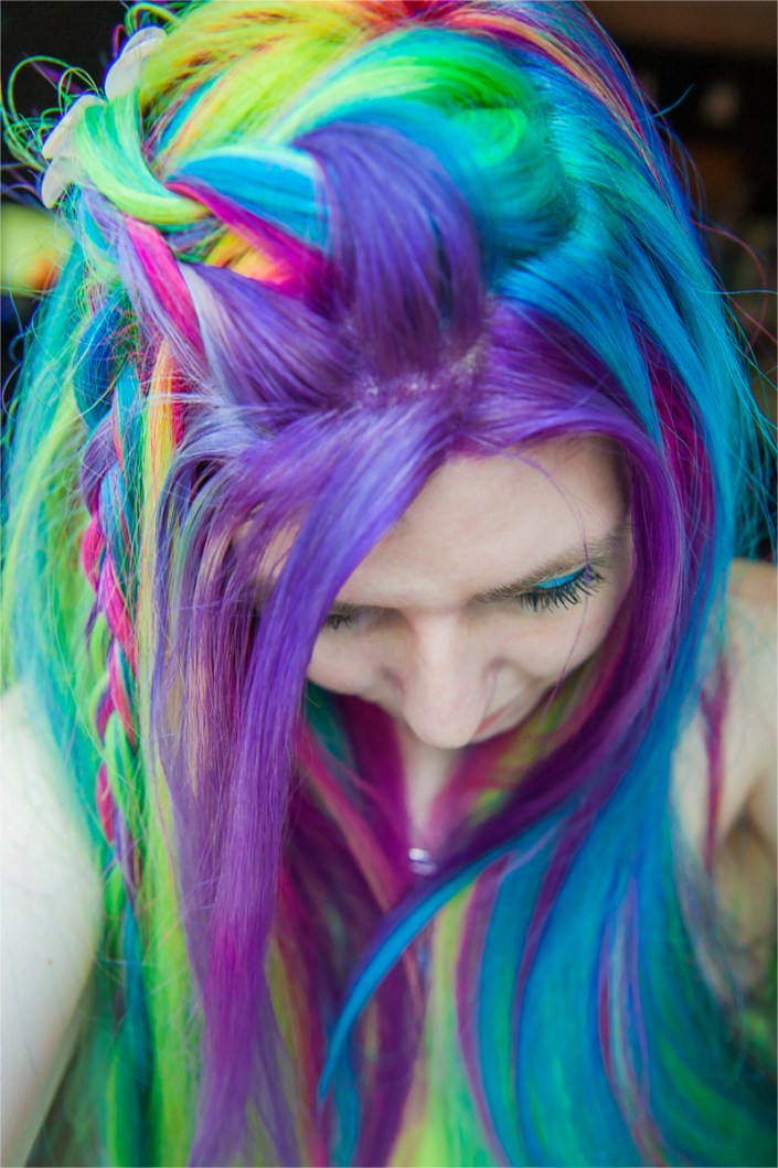 Lisa Frank Hair. Vibrant rainbow colors on Lizzy Davis.