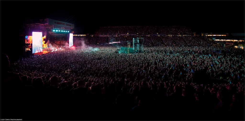 Sold out crowd for Metallica headlining Rock on the Range 2017. ©Lizzy Davis Photography
