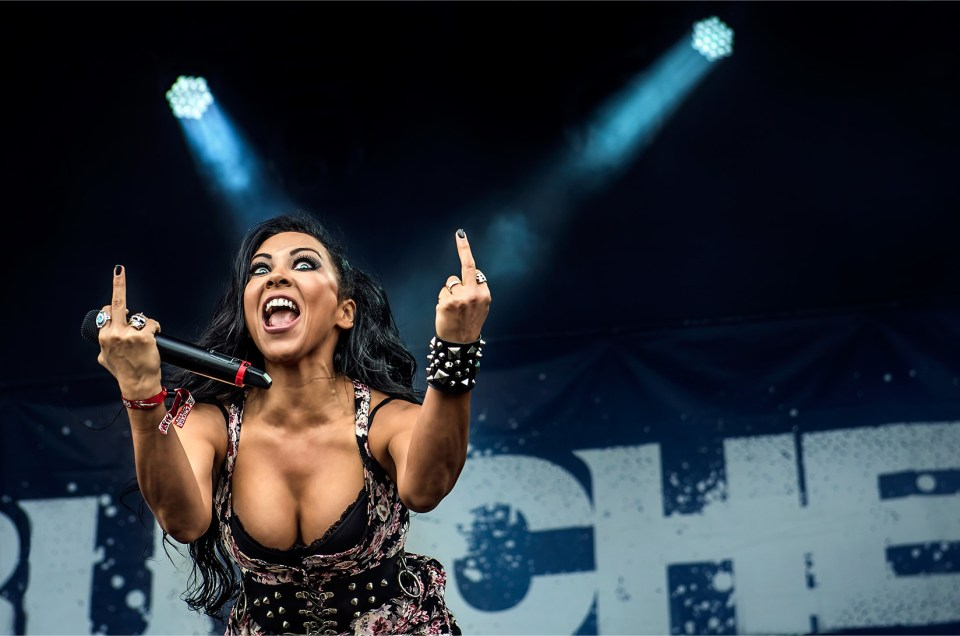 Butcher Babies live photos | Chicago Open Air 2016