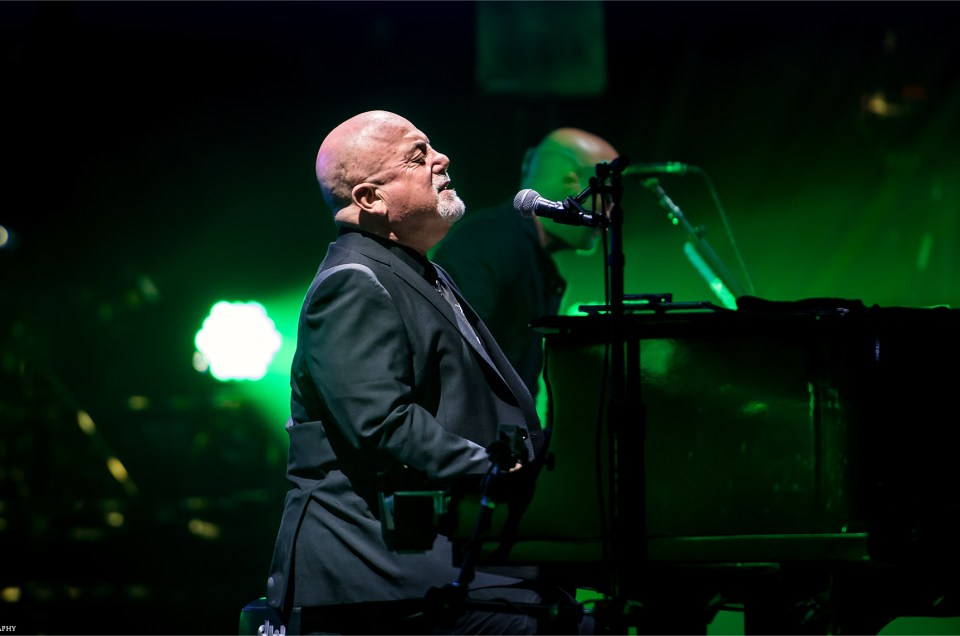 The Piano Man & The Entertainer | Billy Joel Live in Tampa