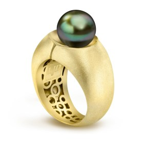 Gold Pearl Divided Ring