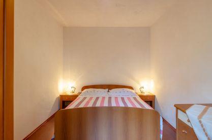 ljiljana-rose-apartment-bedroom-09-2019-pic-01
