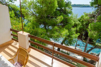 ljiljana-rose-apartment-terrace-09-2019-pic-04