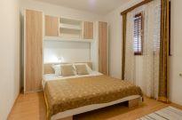 ljiljana-white-apartment-bedroom-06-2018-01