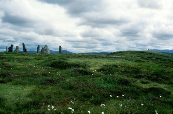 Path to Small Calanais Stones