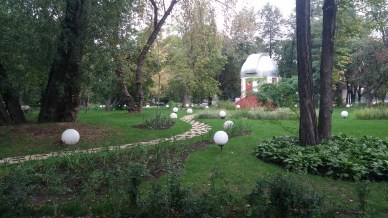 Very cool bubble globes in Gorky Park