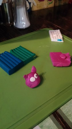 Katie builds a pig