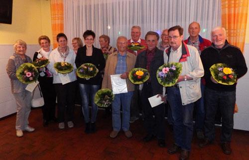 Die für langjährige Mitgliedschaft geehrten LKV-Mitglieder