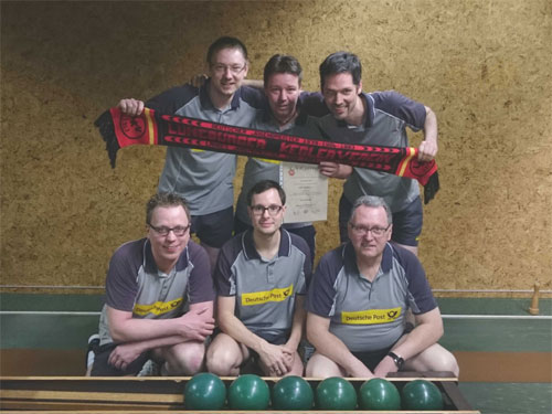 Aufstieg 2015 KSG Lüneburg I – Meister der Verbandsliga h.v.l. Marcel Dubbe, Thomas Zernechel, Dennis Drews v.v.l. Nico Zotzmann, Michael Duda, Joachim Müller es fehlt: Matthias Meyer