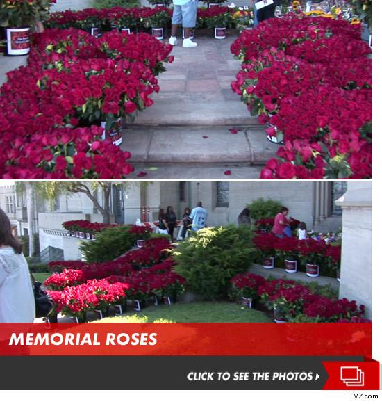 0625_michael_jackson_memorial_roses_launch