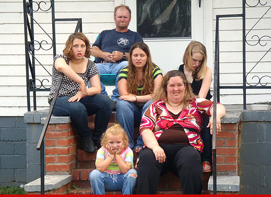 0928-honey-boo-boo-thompson-family-TLC