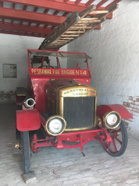 Pesh fire engine2