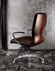 Giorgio Luna collection presidential desk chair
