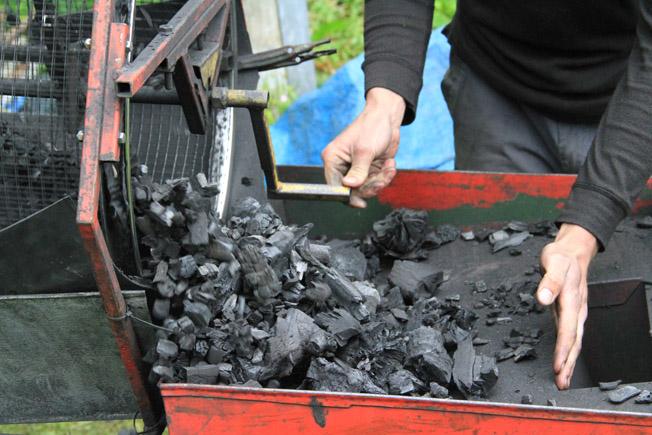 grading charcoal
