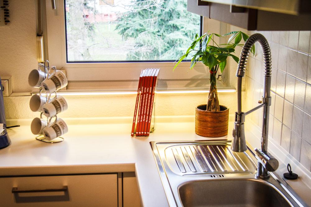Leiste Küche Boden   Tv Verstecken - Clevere Möglichkeiten