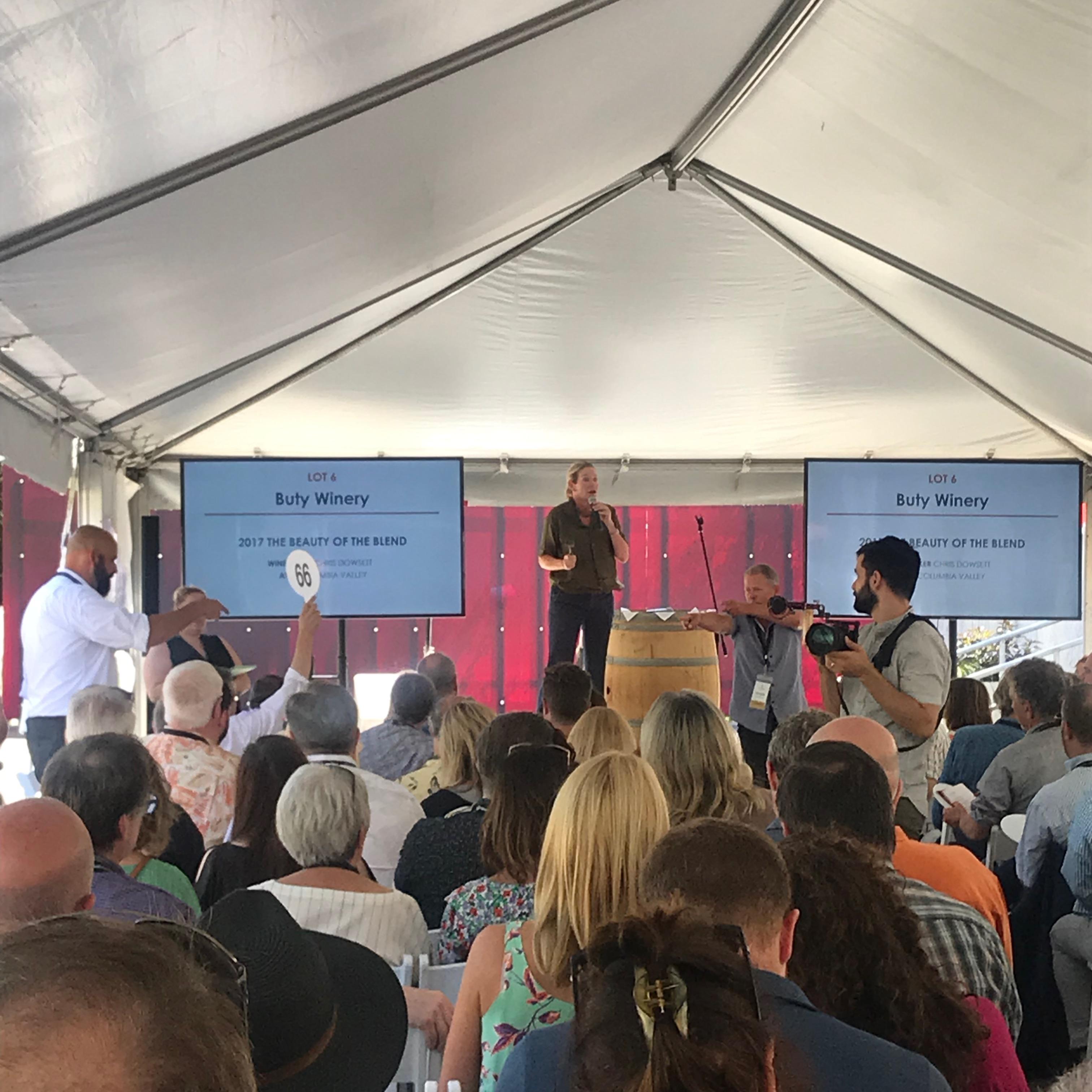 Auctioneer UrsulaHermacinski and Steve Warner, President of Washington State Wines Private Barrel Auction 2019.