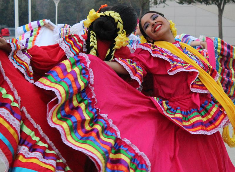 Dancing Hispanic Hertiage