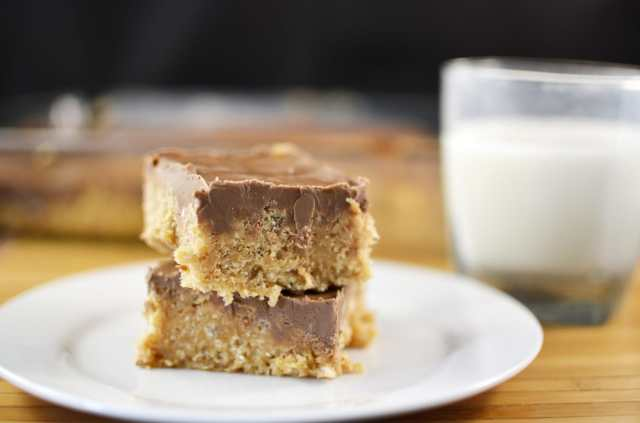 peanut butter, butterscotch and chocolate come together perfectly in these no bake scotcheroos bars!