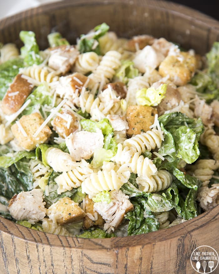 Chicken Caesar pasta salad is a delicious mix of pasta salad and chicken Caesar salad and is perfect for lunch or a light dinner!