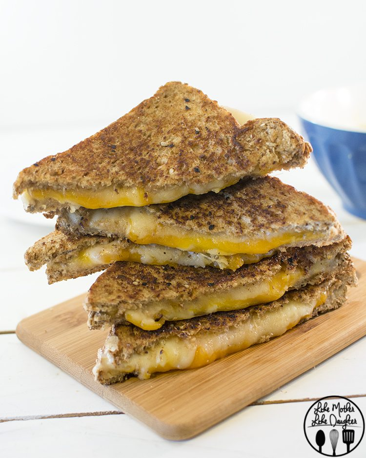 Garlic Butter Grilled Cheese 4
