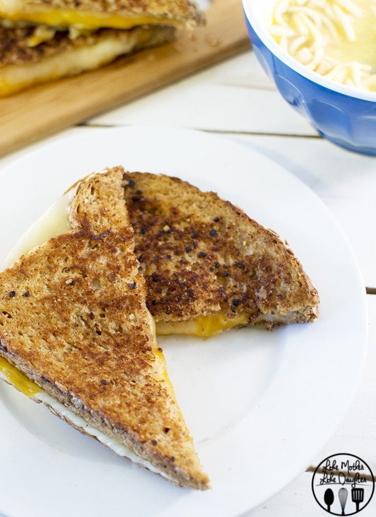 Garlic Butter Grilled Cheese 5