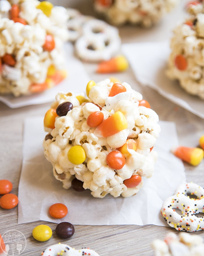 Popcorn Balls Halloween
