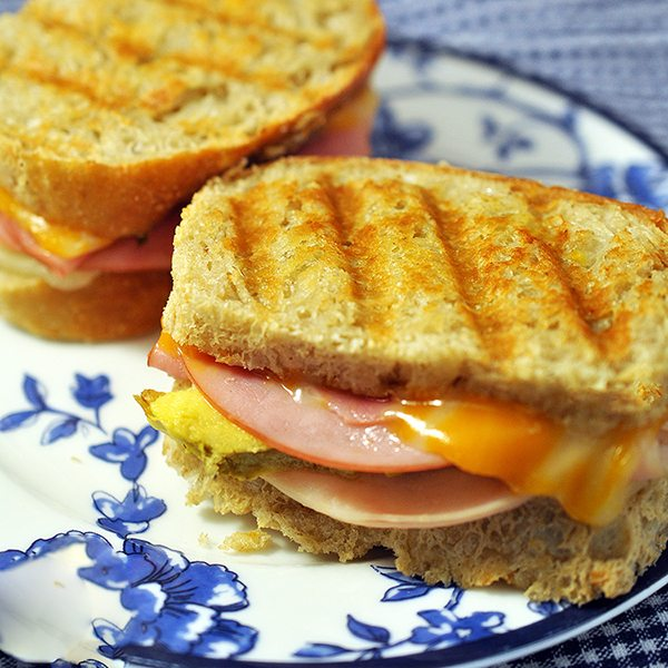 grilled club sandwich 1 square
