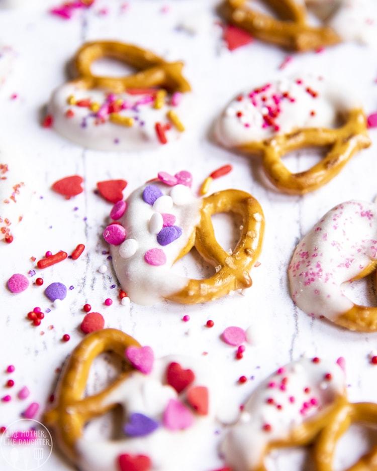 White Chocolate Valentine Pretzels with sprinkles