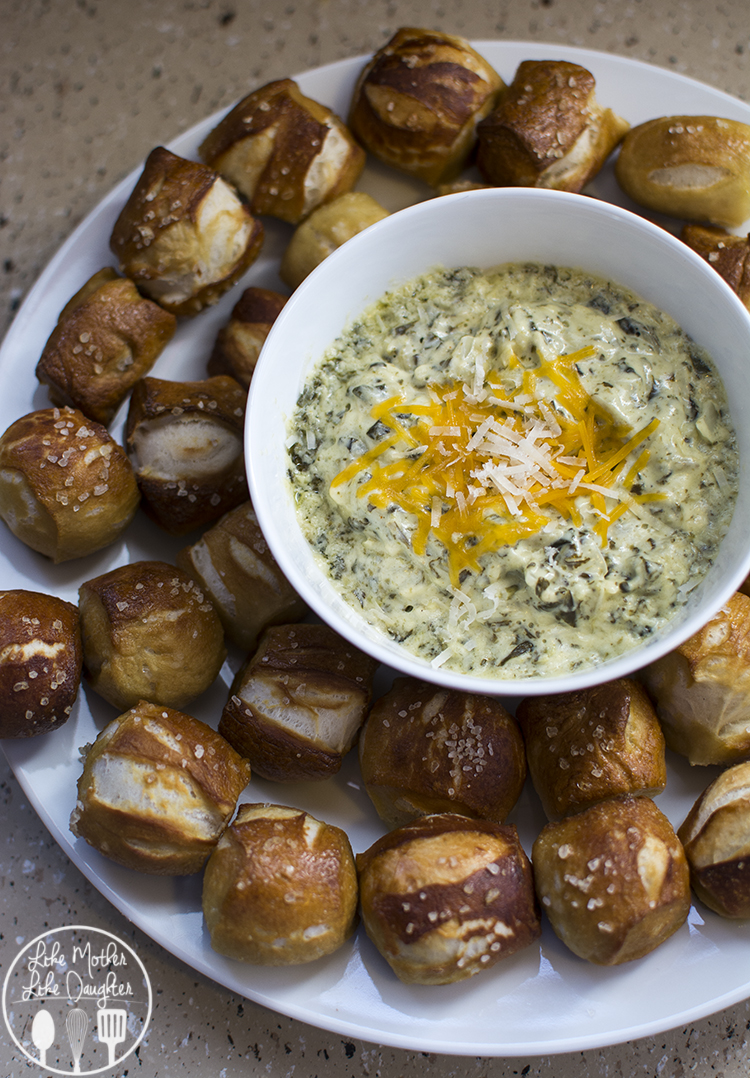 Soft Pretzel Bites - These chewy and salty soft pretzel bites are ready in under an hour and you'll never have to go to the mall to enjoy them again. A perfect snack dipped in La Terra Fina Spinach Artichoke and Parmesan Dip!
