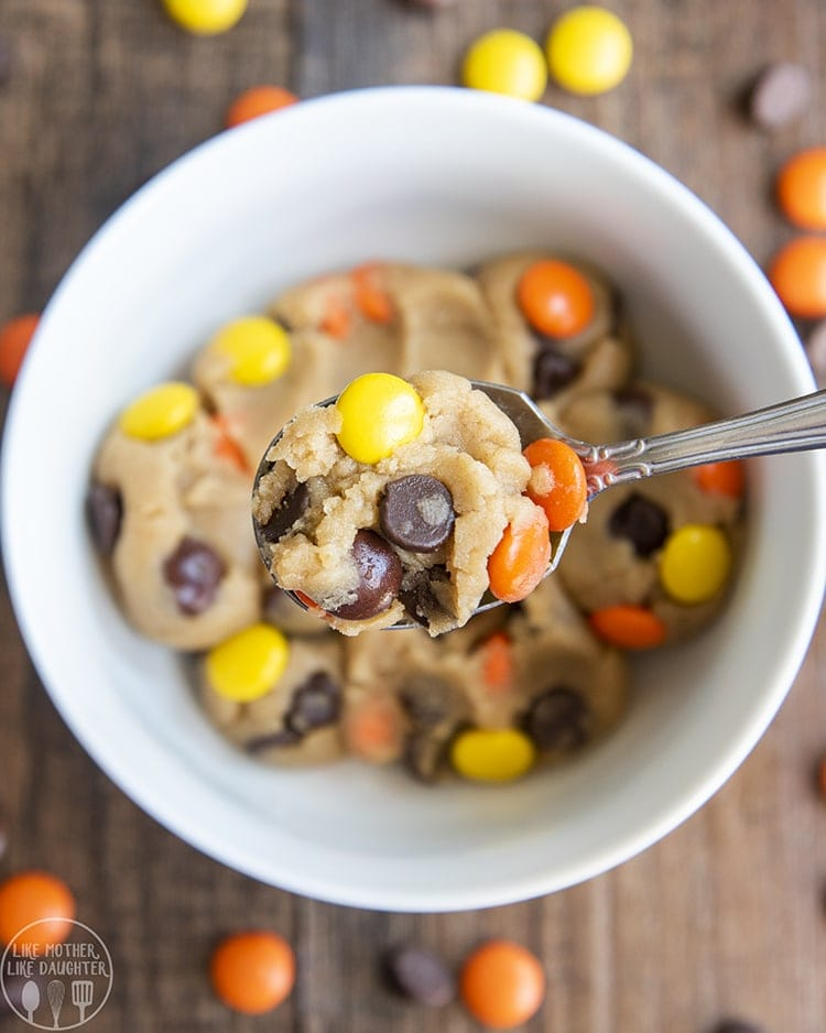 Eggless Peanut Butter Cookie Dough is the perfect treat for those cookie dough cravings. The perfect taste of peanut butter in every bite!