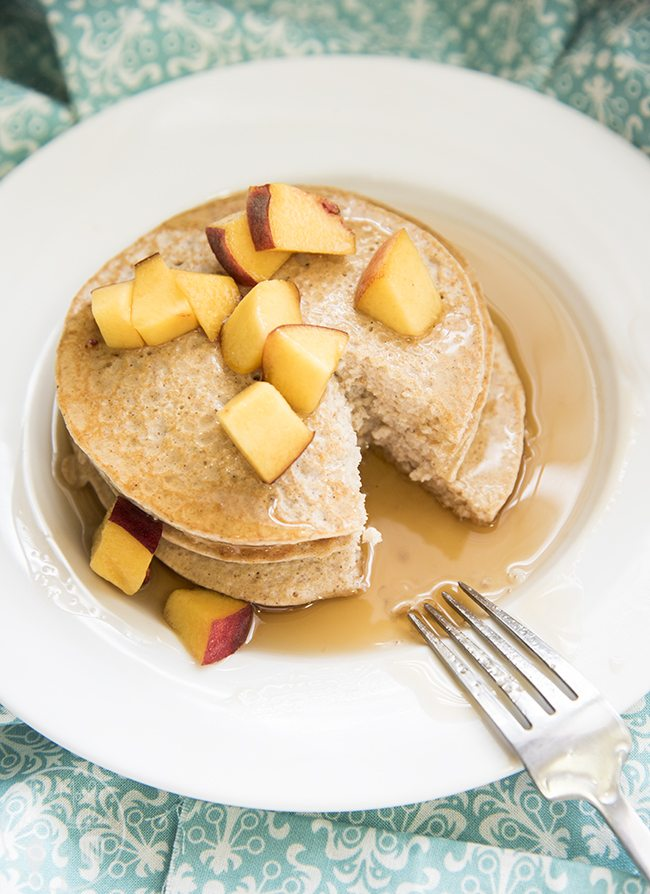 Biggest Loser Pancakes - You'll be surprised by the ingredients in these easy, low calorie, and delicious pancakes. You won't believe how good they are!