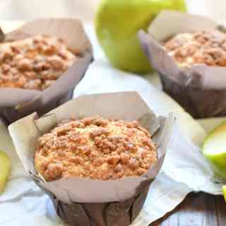 Apple cinnamon muffins baked with apples and applesauce topped with an amazing cinnamon crumb!