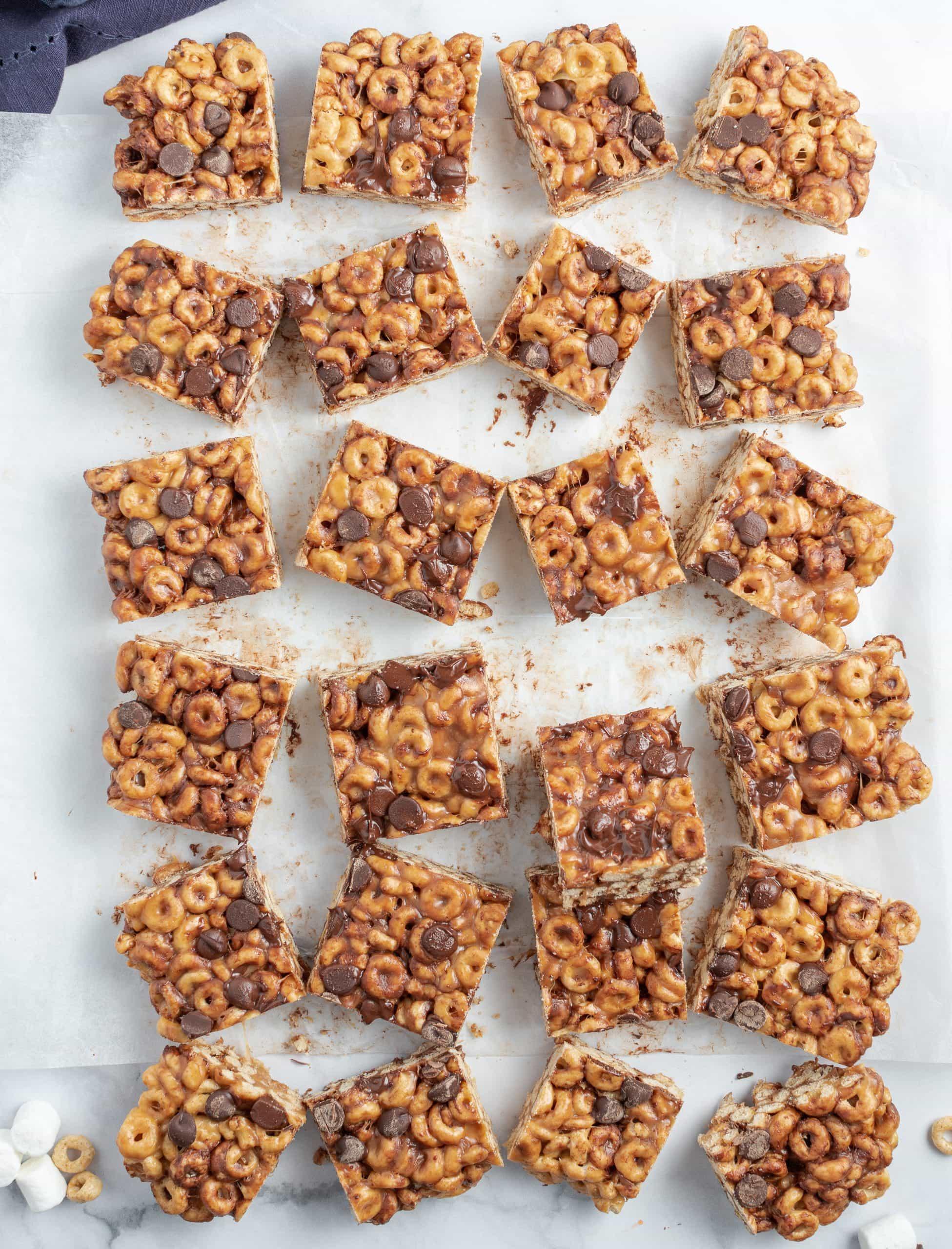 Fluffernutter Cheerio Bars