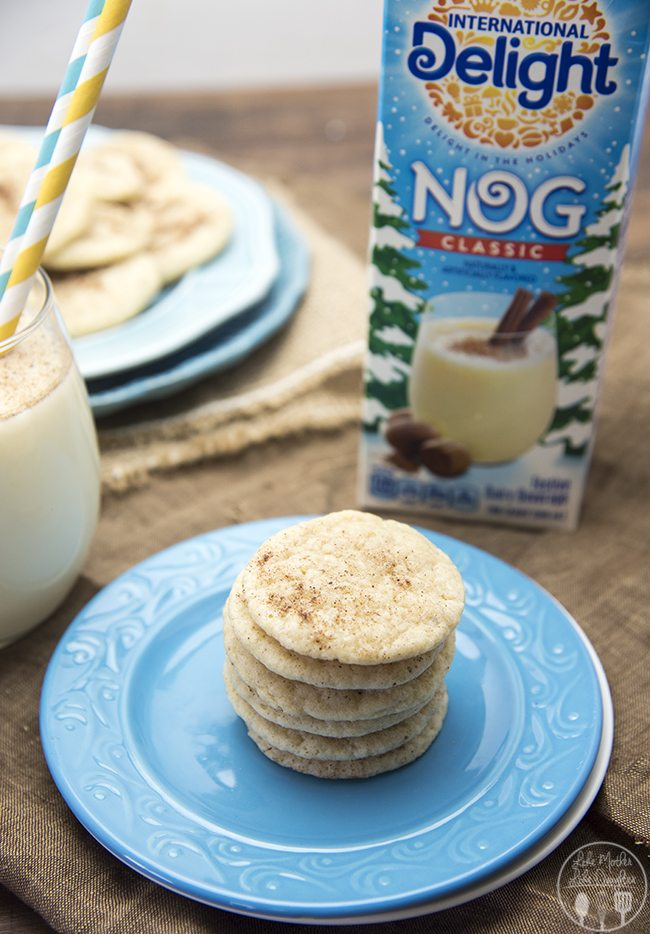 Eggnog Cookies - These delicious eggnog cookies have the great taste of eggnog in a cookie! With 1/2 cup of eggnog, cinnamon, and nutmeg, these are the perfect holiday cookies!