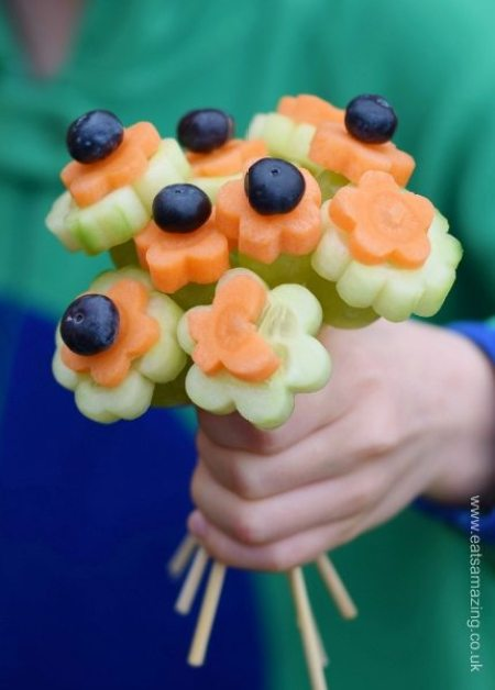Easy-Vegetable-Flowers-Bouquet-Healthy-and-fun-kids-snack-idea-from-Eats-Amazing-UK