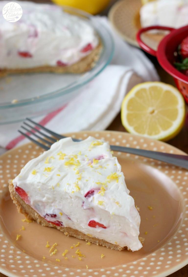 no-bake-strawberry-lemon-cream-pie-vert-w-name-1-768x1130
