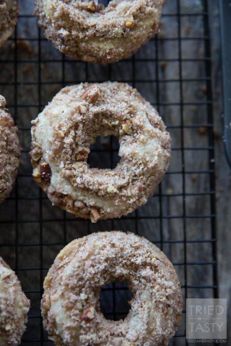 baked-coffee-cake-doughnuts-wm